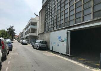 Location Garage 31m² Grenoble (38000) - photo