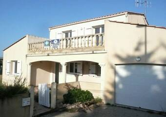 Sale House 6 rooms 143m² Olonne-sur-Mer (85340) - Photo 1