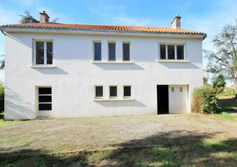 Sale House 8 rooms 83m² Montbert (44140) - photo