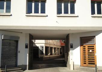 Renting Apartment 4 rooms 81m² Grenoble (38100) - photo