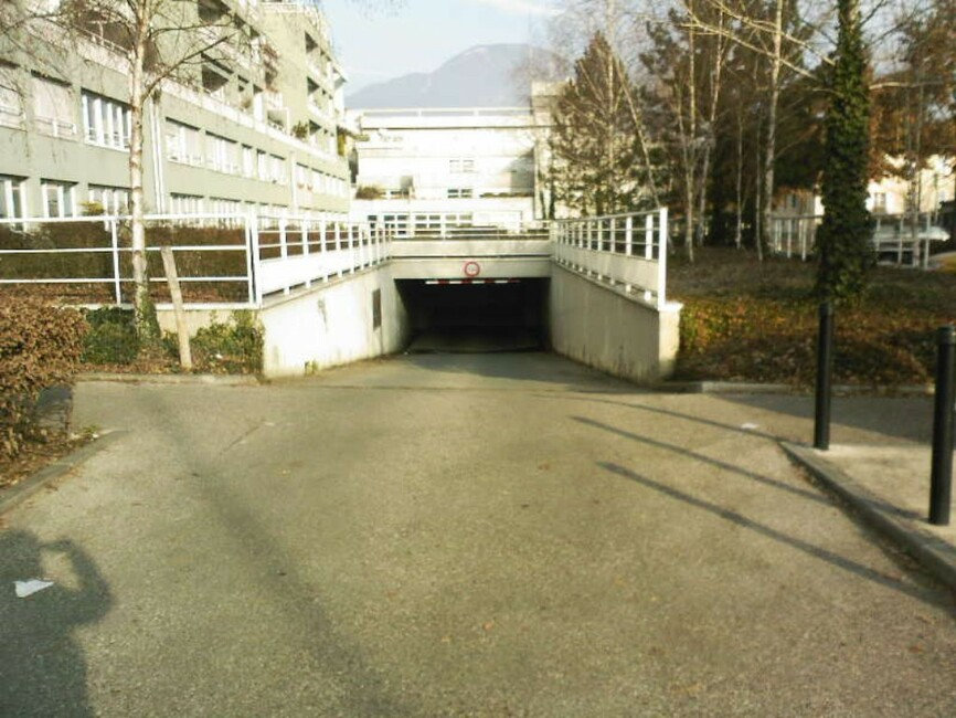 Location garage grenoble 96212 for Garage auto grenoble
