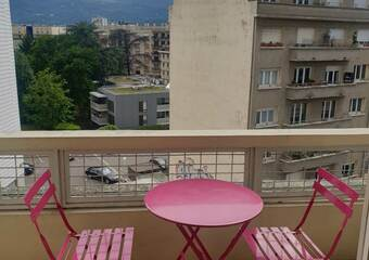 Renting Apartment 1 room 33m² Grenoble (38100) - Photo 1