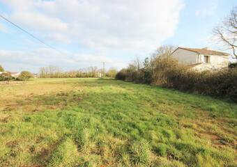 Sale Land 1 187m² Corcoué-sur-Logne (44650) - Photo 1