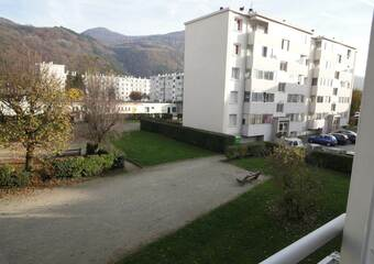 Renting Apartment 3 rooms 50m² Saint-Martin-d'Hères (38400) - Photo 1