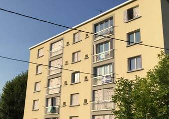 Renting Apartment 3 rooms 48m² Saint-Martin-d'Hères (38400) - Photo 1
