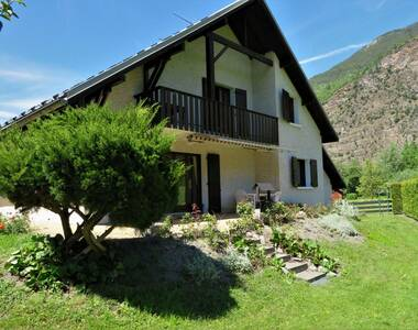 Sale House 6 rooms 145m² Le Bourg-d'Oisans (38520) - photo