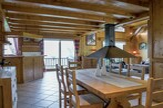 Sale House 6 rooms 213m² Saint-Nicolas-De-Veroce (74170) - Photo 5