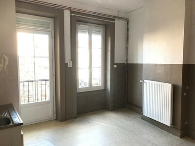 Location Appartement 2 pièces 45m² Saint-Étienne (42100) - Photo 2