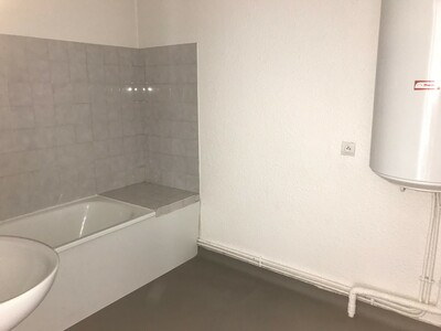 Location Appartement 3 pièces 59m² Saint-Étienne (42000) - Photo 10