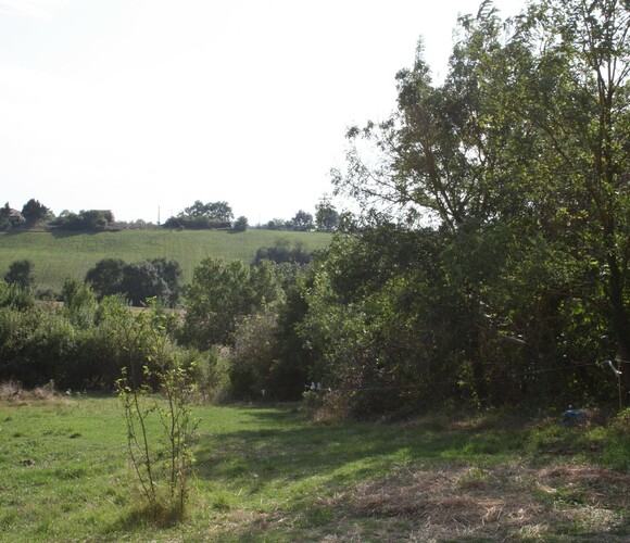 Sale Land 2 350m² L'Isle-Jourdain (32600) - photo