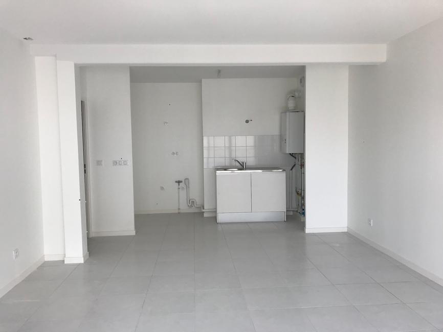 Location Appartement 3 pièces 65m² Pessac (33600) - photo