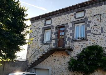 Vente Maison 4 pièces 90m² Les Martres-de-Veyre (63730) - Photo 1