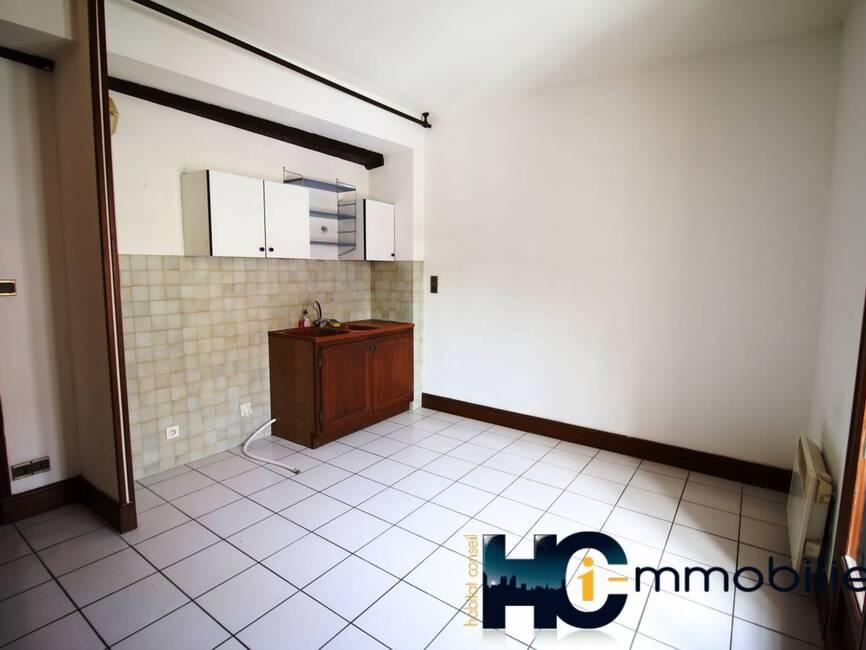 location appartement 2 pi ces chalon sur sa ne 71100 342841. Black Bedroom Furniture Sets. Home Design Ideas