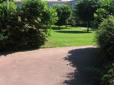Location Appartement 1 pièce 30m² Gières (38610) - photo