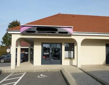 Sale Commercial premises 3 rooms Houdan (78550) - photo