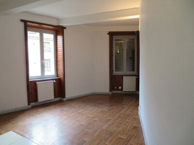 Location Appartement 4 pièces 83m² Billom (63160) - Photo 1
