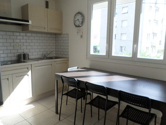 Location Maison 10 pièces 200m² Saint-Martin-d'Hères (38400) - photo