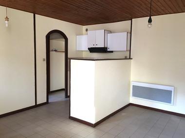 Location Appartement 2 pièces 35m² Saint-Jean-en-Royans (26190) - photo