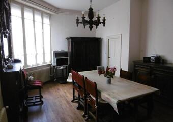 Vente Maison 11 pièces 220m² Saint-Dier-d'Auvergne (63520)