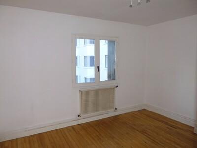 Location Appartement 3 pièces 53m² Saint-Étienne (42100) - Photo 3