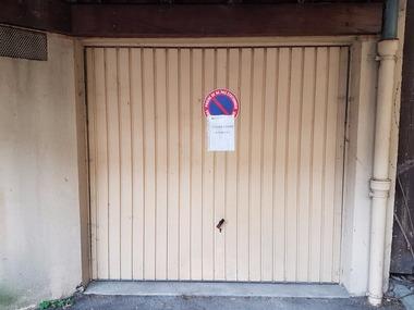 Location Garage Saint-Étienne-de-Saint-Geoirs (38590) - photo