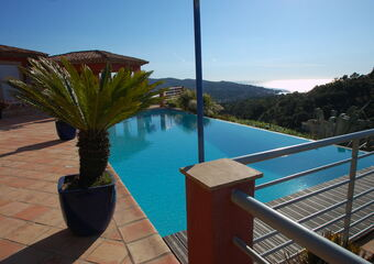 Sale House 8 rooms 265m² Sainte-Maxime (83120) - Photo 1