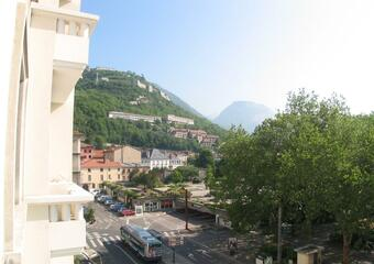 Renting Apartment 3 rooms 84m² Grenoble (38000) - photo