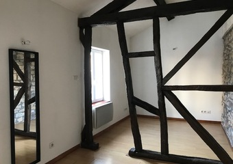 Renting Apartment 1 room 25m² Lure (70200) - Photo 1