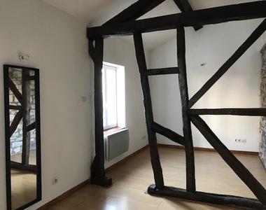 Renting Apartment 1 room 25m² Lure (70200) - photo