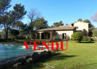 Sale House 8 rooms 285m² Puget (84360) - photo