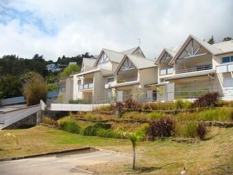 Location Appartement 3 pièces 91m² La Montagne (97417) - photo