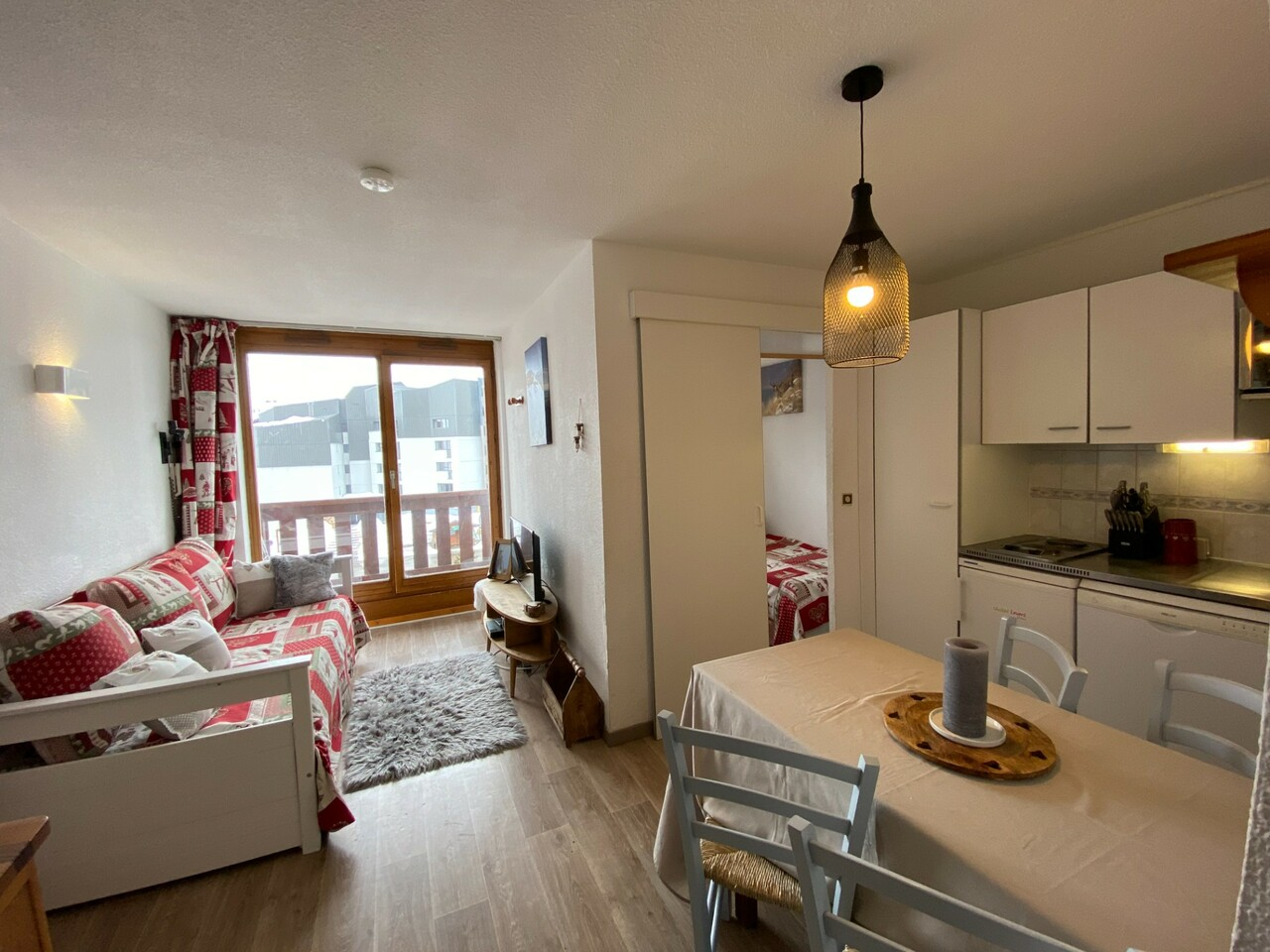 APARTMENT IN THE HEART OF THE RESORT Accommodation in Val Thorens