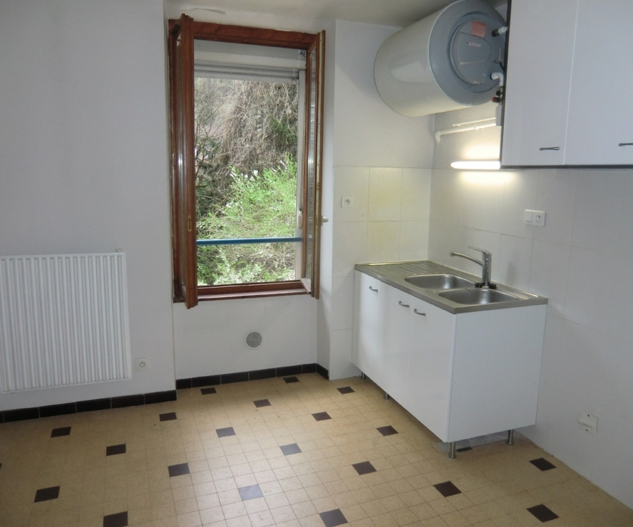 Location Appartement 1 pièce 34m² Goncelin (38570) - photo