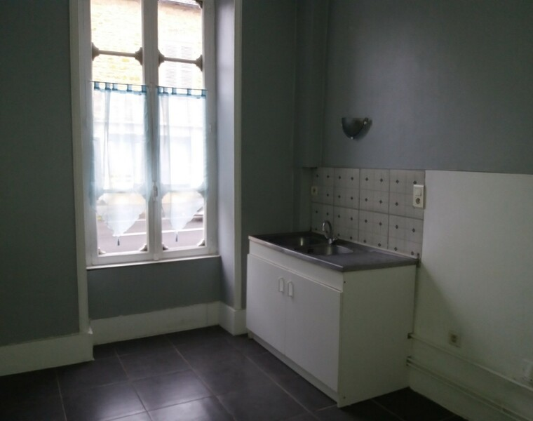 Location Appartement 50m² Charlieu (42190) - photo
