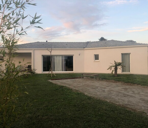 Vente Maison 5 pièces 116m² Mours-Saint-Eusèbe (26540) - photo