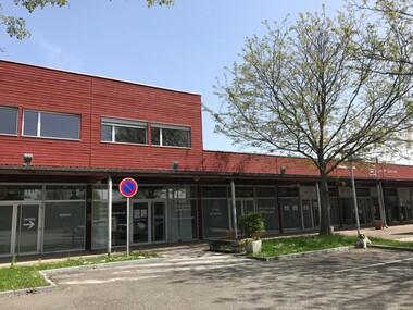 Vente Local commercial 212m² Lutterbach (68460) - photo