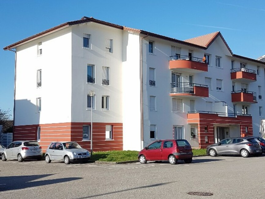 Vente appartement 2 pi ces gex 01170 249206 for Location garage gex