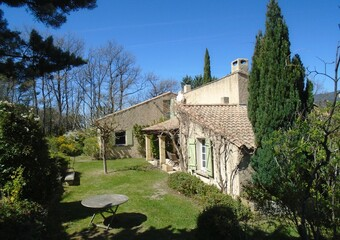 Sale House 7 rooms 205m² Saint-Martin-de-la-Brasque (84760) - photo