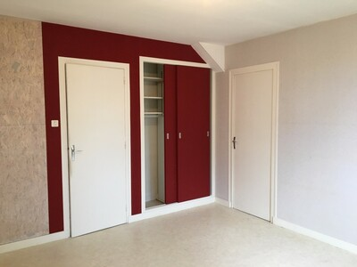 Location Maison 6 pièces 146m² Sury-le-Comtal (42450) - Photo 5