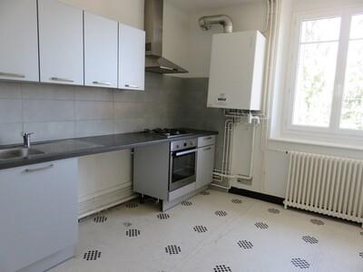 Location Appartement 4 pièces 106m² Pau (64000) - Photo 4