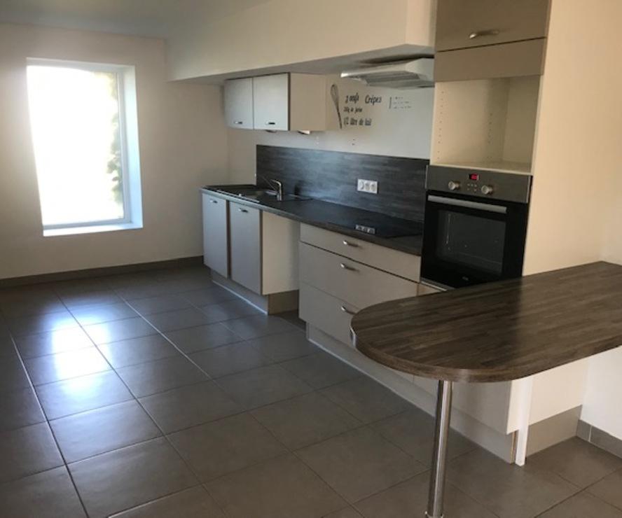 Location Appartement 3 pièces 73m² Bourg-de-Thizy (69240) - photo