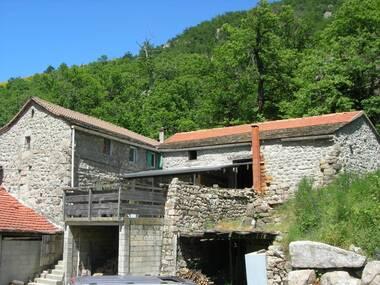 Vente Maison 4 pièces 130m² Montselgues (07140) - photo