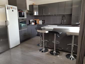 Vente Appartement 5 pièces 88m² Cheval-Blanc (84460) - photo 2