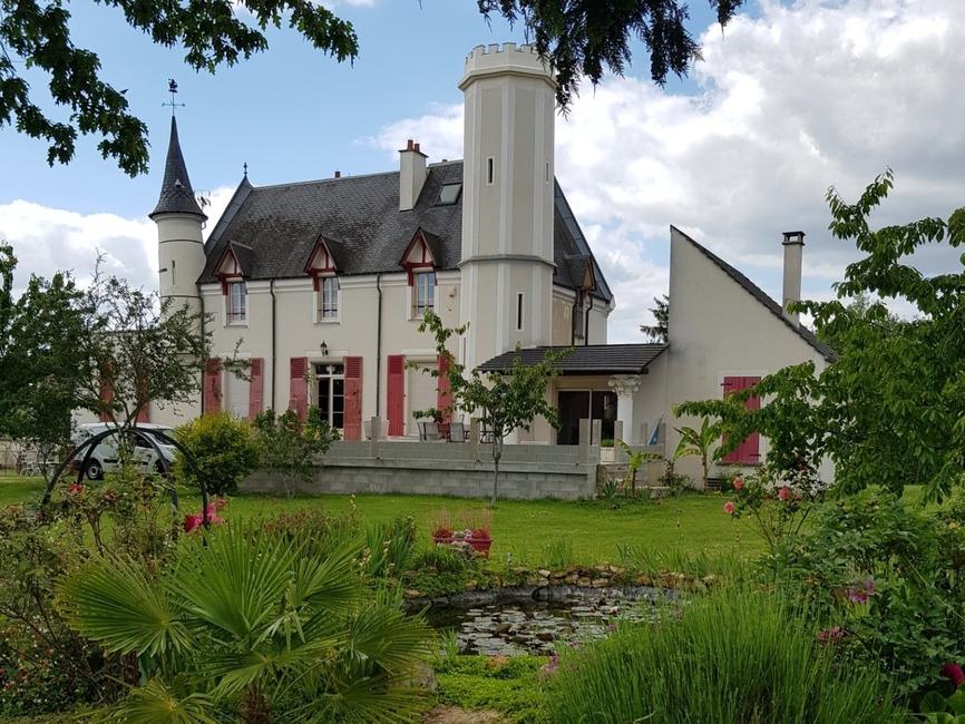 Vente Maison 8 pièces 304m² Verneuil-l'Étang (77390) - photo