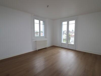 Location Appartement 4 pièces 106m² Pau (64000) - Photo 7