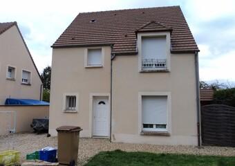 Location Maison 4 pièces 103m² La Chaussée-d'Ivry (28260) - Photo 1