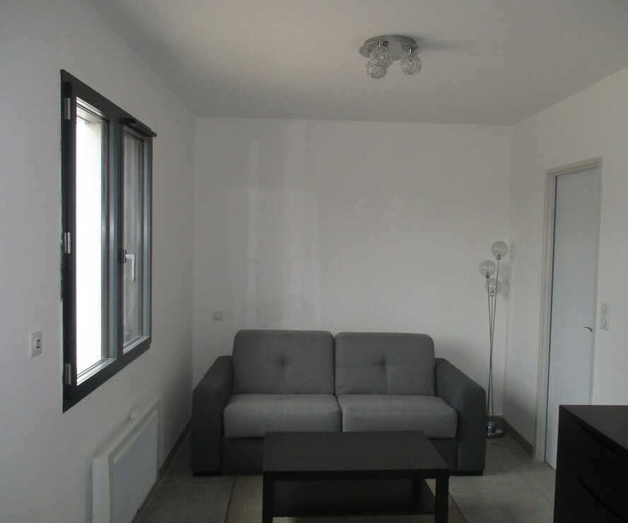 Location Appartement 1 pièce 20m² Robion (84440) - photo