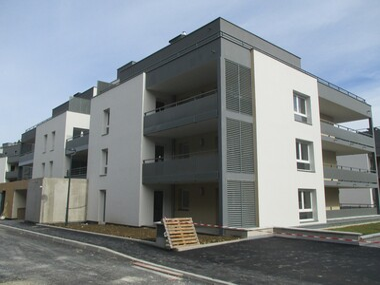 Location Garage 13m² Rumilly (74150) - photo