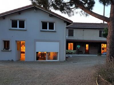 Vente Maison 6 pièces 198m² Saint-Romain-le-Puy (42610) - Photo 2