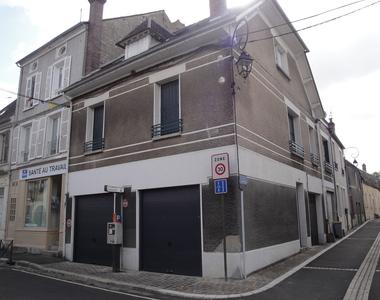 Location Appartement 4 pièces 71m² Nemours (77140) - photo